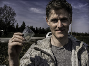Lykkelig finner av flott 12 Skilling, Rune Eriksen (Foto: Per Sibe)