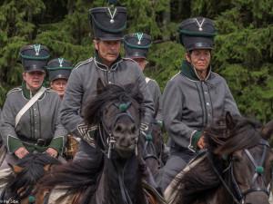 Kavaleriet viser seg frem (Foto: Per Sibe)